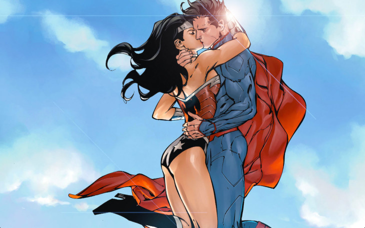 Superman Wonder Woman baiser