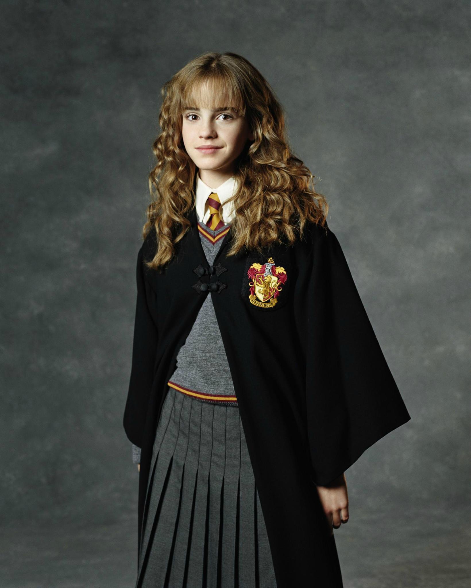Coloriage Hermione A Imprimer.Coloriage Hermione Gryffondor A Imprimer
