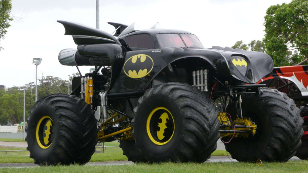 Coloriage Monster Truck Batman A Imprimer