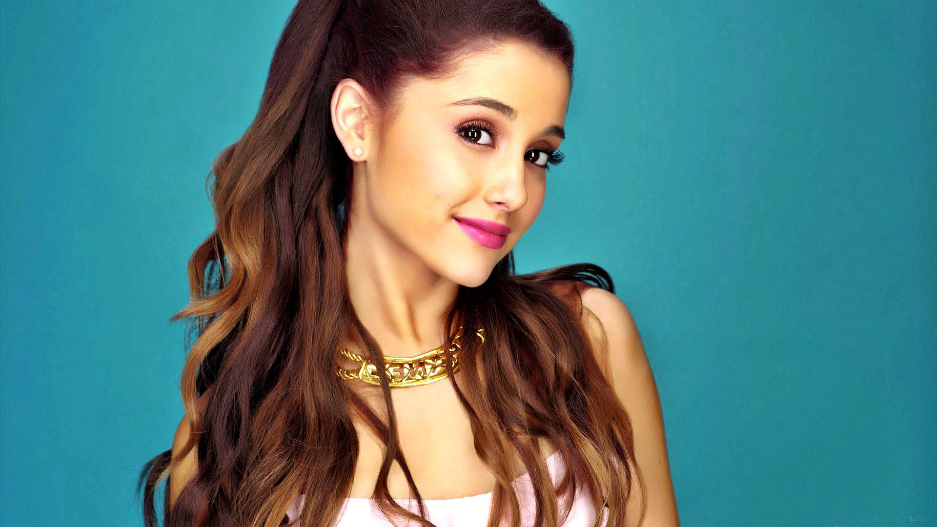 Ariana Grande Coloriage Star