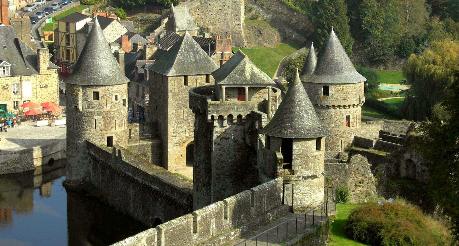 Coloriage Chateau Moyen Age à imprimer